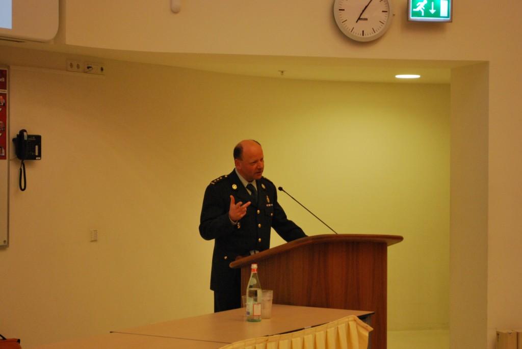 Kolonel-arts drs. M.J. van Haeff
